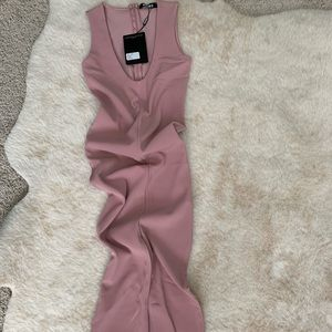 Misguided NWT form fitted dress with v-neck